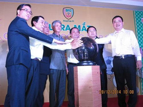 Lễ ra mắt CLB Bóng đá Đồng Tháp: 'Phiên bản 2.0' sẽ hoạt động hiệu quả