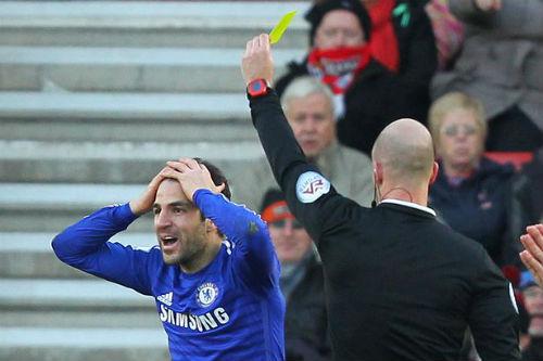 Chelsea bị cầm hòa, Mourinho nổi đóa với trọng tài