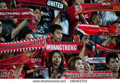 Vì sao Thai- League tăng trưởng hơn V- League?