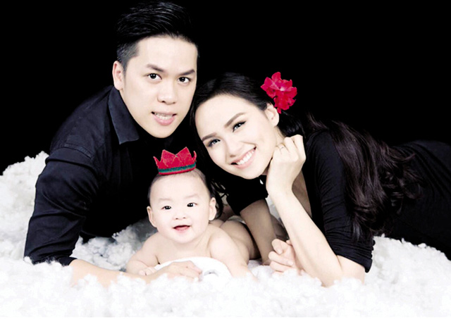 """Hoa hậu Việt và """"bê bối"""" bảng điểm Đại học toàn 0 với 1 - hình ảnh 2"""