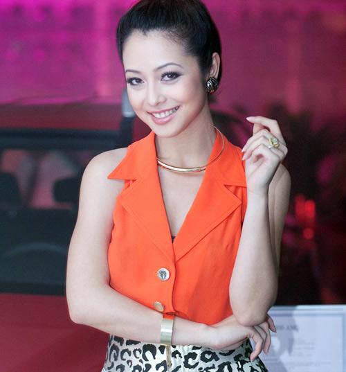 """""""Choáng"""" với nhẫn kim cương đắt đỏ của mỹ nhân Việt - hình ảnh 13"""