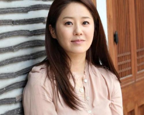 """Cuộc sống xa hoa của 7 mỹ nhân Hàn """"hot"""" nhất thập niên 90 - hình ảnh 8"""