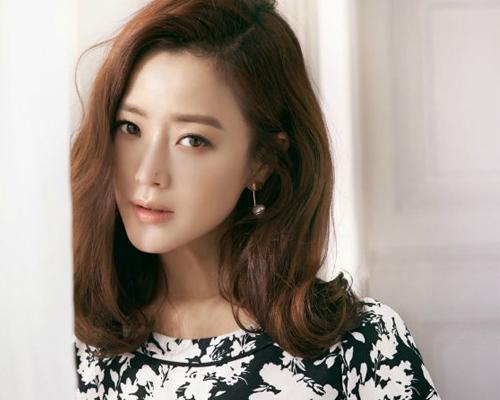 """Cuộc sống xa hoa của 7 mỹ nhân Hàn """"hot"""" nhất thập niên 90 - hình ảnh 10"""