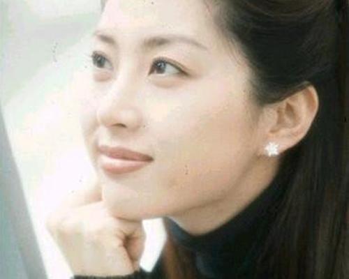 """Cuộc sống xa hoa của 7 mỹ nhân Hàn """"hot"""" nhất thập niên 90 - hình ảnh 18"""