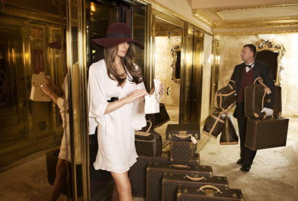 """""""Lật tung"""" tủ quần áo của tân Đệ nhất phu nhân Mỹ - hình ảnh 9"""