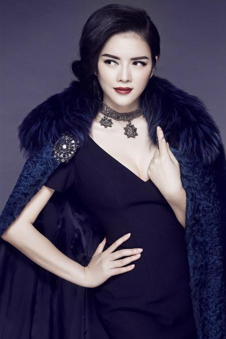 Mê mẩn ngắm mỹ nhân Việt sành điệu với áo lông - hình ảnh 2