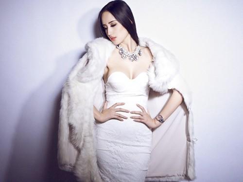 Mê mẩn ngắm mỹ nhân Việt sành điệu với áo lông - hình ảnh 4