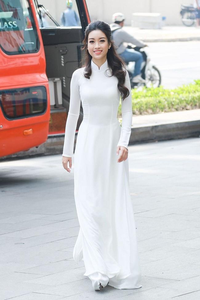 Ngẩn ngơ ngắm giai nhân Việt thả dáng với tà áo trắng - hình ảnh 2