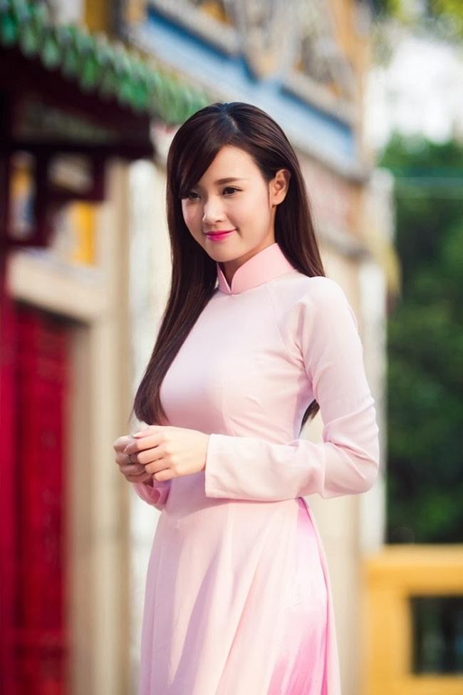 Ngẩn ngơ ngắm giai nhân Việt thả dáng với tà áo trắng - hình ảnh 3