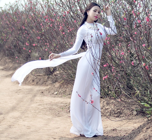 Ngẩn ngơ ngắm giai nhân Việt thả dáng với tà áo trắng - hình ảnh 7
