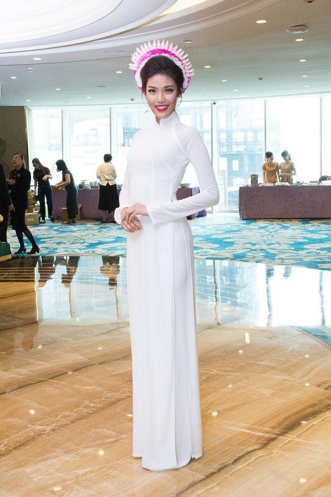 Ngẩn ngơ ngắm giai nhân Việt thả dáng với tà áo trắng - hình ảnh 8