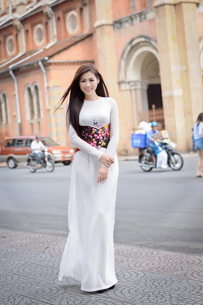 Ngẩn ngơ ngắm giai nhân Việt thả dáng với tà áo trắng - hình ảnh 9