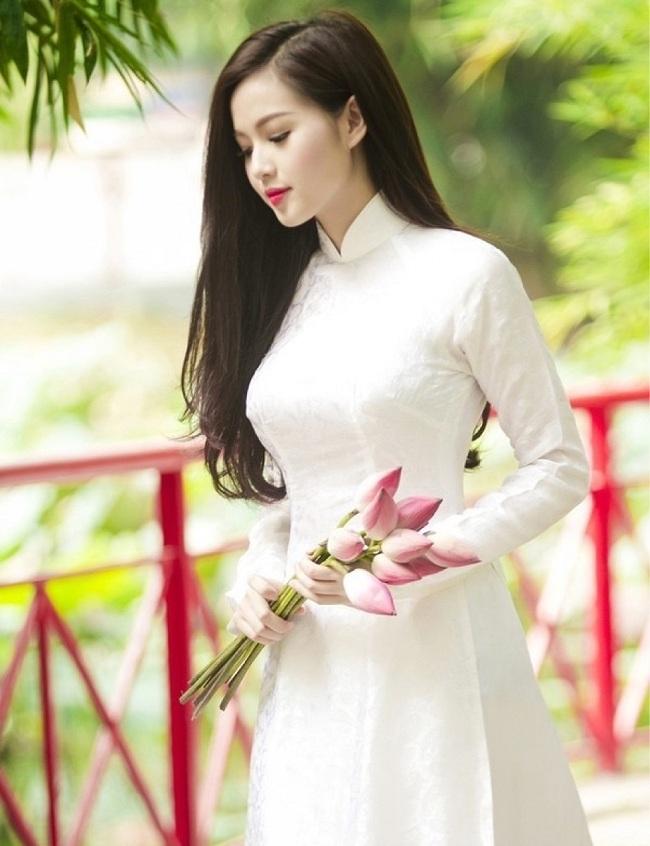 Ngẩn ngơ ngắm giai nhân Việt thả dáng với tà áo trắng - hình ảnh 16