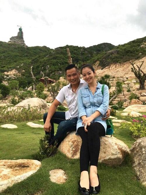 7 bà bầu gợi cảm, xinh đẹp nhất showbiz Việt hiện giờ - hình ảnh 2