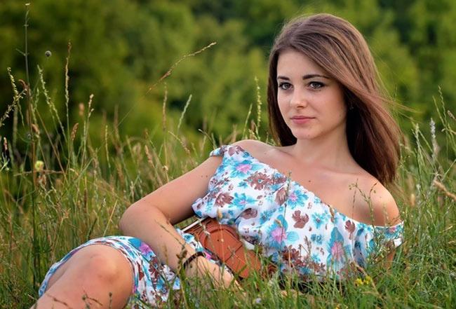 Phụ nữ Ukraine đẹp nhất nhì thế giới, khiến mọi đàn ông ngây dại - hình ảnh 17