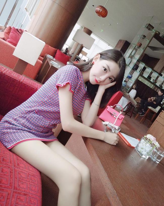 """Nàng mẫu 16 tuổi từng khóc vì mất """"lần đầu tiên"""" với Trần Quán Hy giờ ra sao? - hình ảnh 8"""