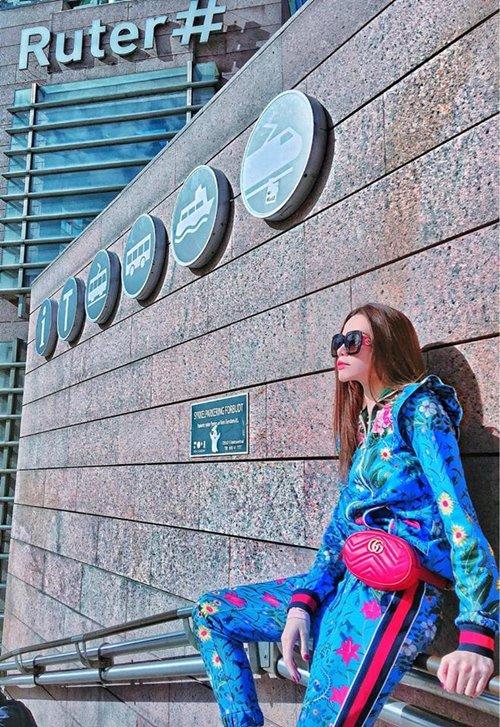 Minh Hằng, Hà Hồ dùng cùng một chiếc túi, ai đẹp hơn ai? - hình ảnh 7