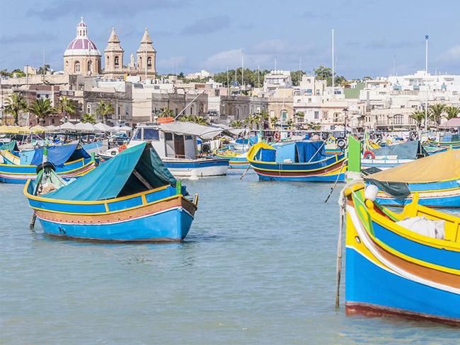 Những thị trấn nhỏ đẹp nhất Châu Âu khiến bạn như lạc vào xứ thần tiên - hình ảnh 6