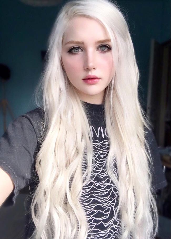 Cô gái lai 18 tuổi sở hữu vẻ đẹp hoàn hảo đến khó tin - hình ảnh 14