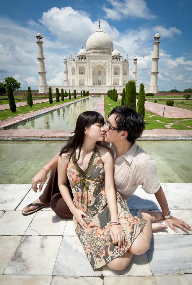 Phát hờn với bộ ảnh siêu cấp đáng yêu của cặp đôi đi khắp thế gian chụp ảnh cưới - hình ảnh 21