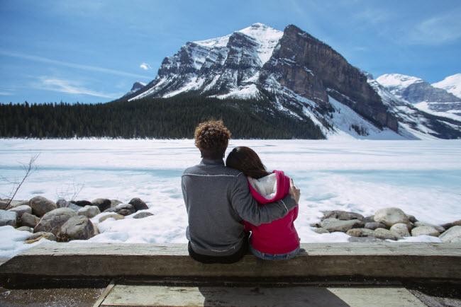 Phát hờn với bộ ảnh siêu cấp đáng yêu của cặp đôi đi khắp thế gian chụp ảnh cưới - hình ảnh 27