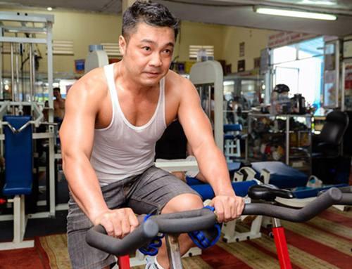 Học Lý Hùng U50 giữ vẻ ngoài tráng kiện khiến thanh niên phải chạy dài! - hình ảnh 8