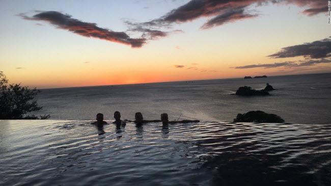 Đã mắt ngắm 17 bể bơi sang chảng nhất hành tinh - hình ảnh 8