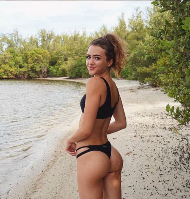 Những cô gái khiến cả bãi biển xôn xao với cơ thể gợi cảm đến ngạt thở - hình ảnh 13