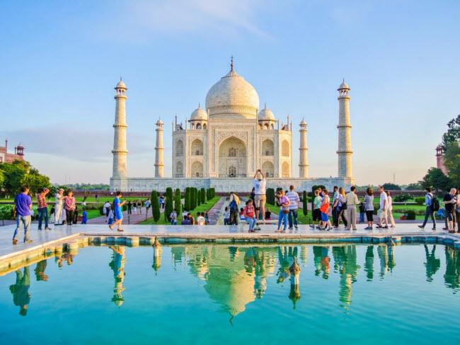 """20 điểm du lịch đông đúc nhất thế giới """"đuổi"""" không hết khách - hình ảnh 12"""
