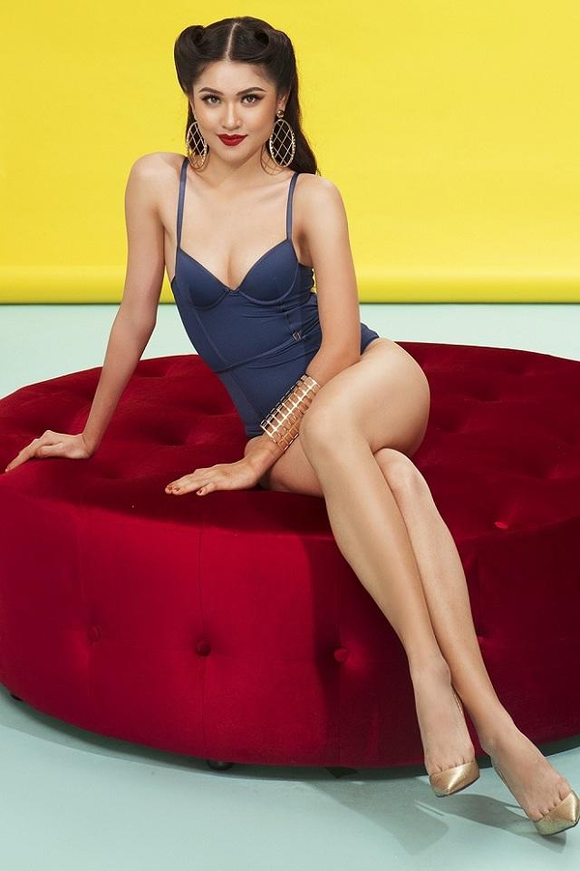 Á hậu Thùy Dung hiếm hoi khoe dáng với bikini khêu gợi - hình ảnh 2