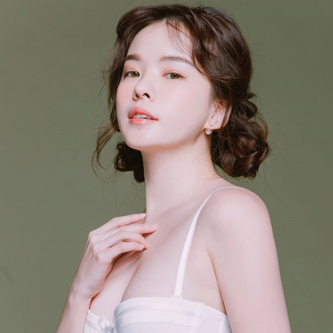 """""""Thiên thần nội y"""" xứ Hàn khiến trai trẻ đổ xô theo dõi Instagram - hình ảnh 10"""