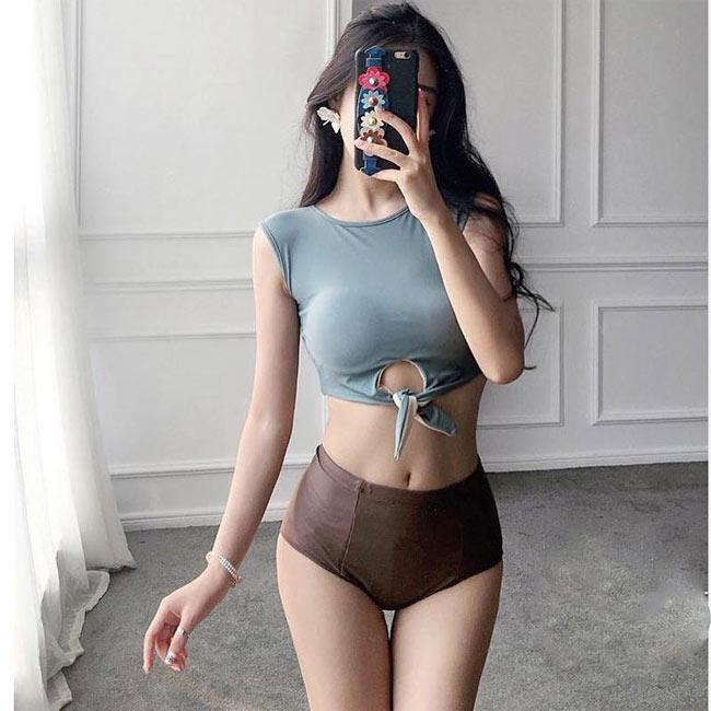 Đỏ mặt với quần ngắn mặc như không của thiếu nữ châu Á - hình ảnh 11
