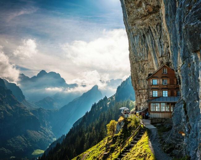 23 khách sạn đẹp mê hồn khiến bạn muốn đến ngay lập tức - hình ảnh 1