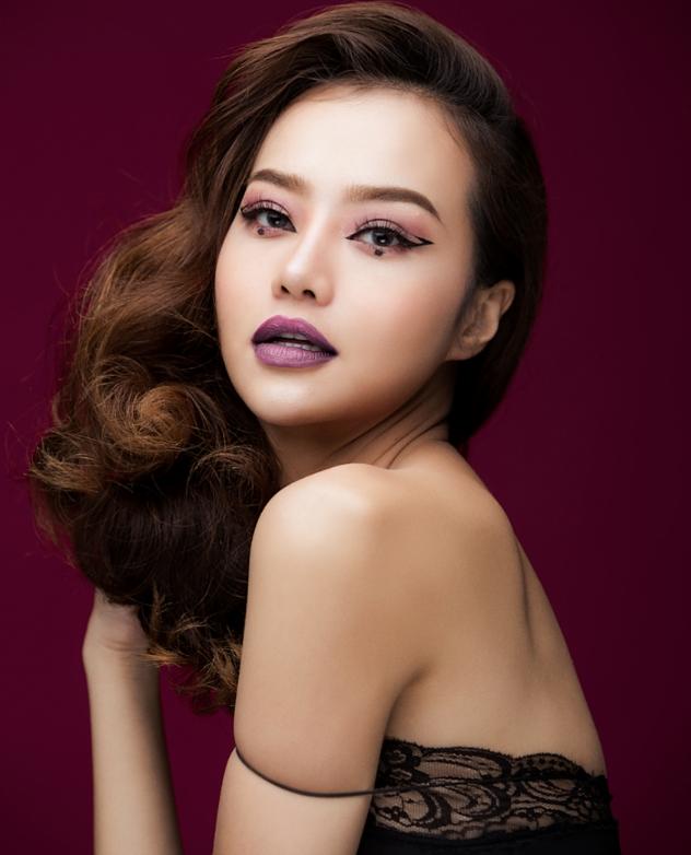 Hậu dao kéo, hoa hậu Việt này ngày càng tự tin khoe vòng 1 nóng bỏng - hình ảnh 5