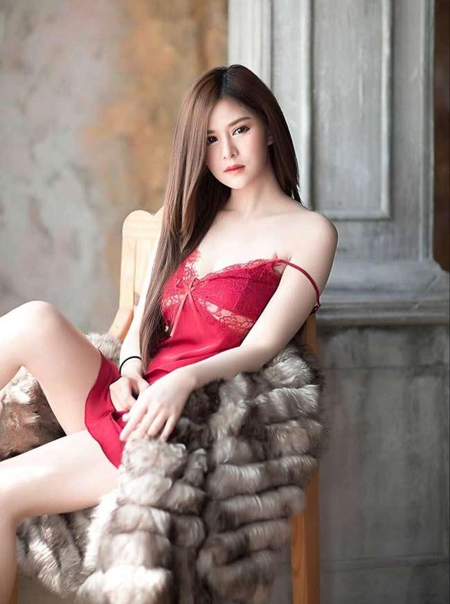 Điếng người ngắm hot girl châu Á lả lơi trong phòng ngủ - hình ảnh 8