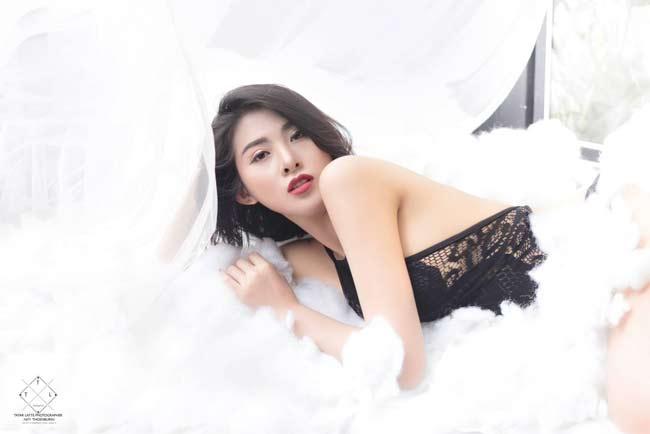 Điếng người ngắm hot girl châu Á lả lơi trong phòng ngủ - hình ảnh 13