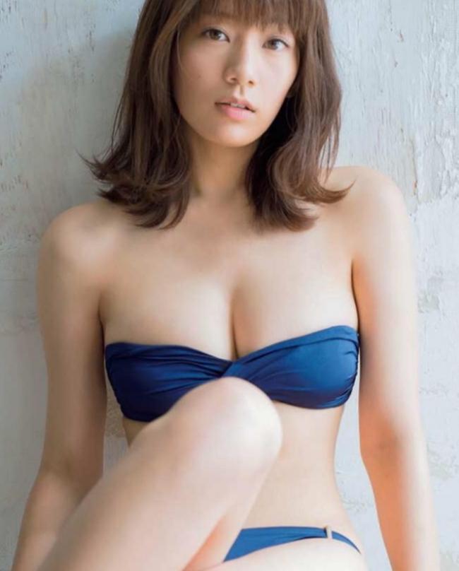 Vòng eo 56 của mẫu nội y Nhật Bản khiến bao anh xin chết - hình ảnh 3