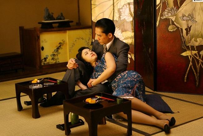 """Ghen tị với 5 """"ông hoàng cảnh nóng"""" của showbiz Hoa ngữ - hình ảnh 13"""