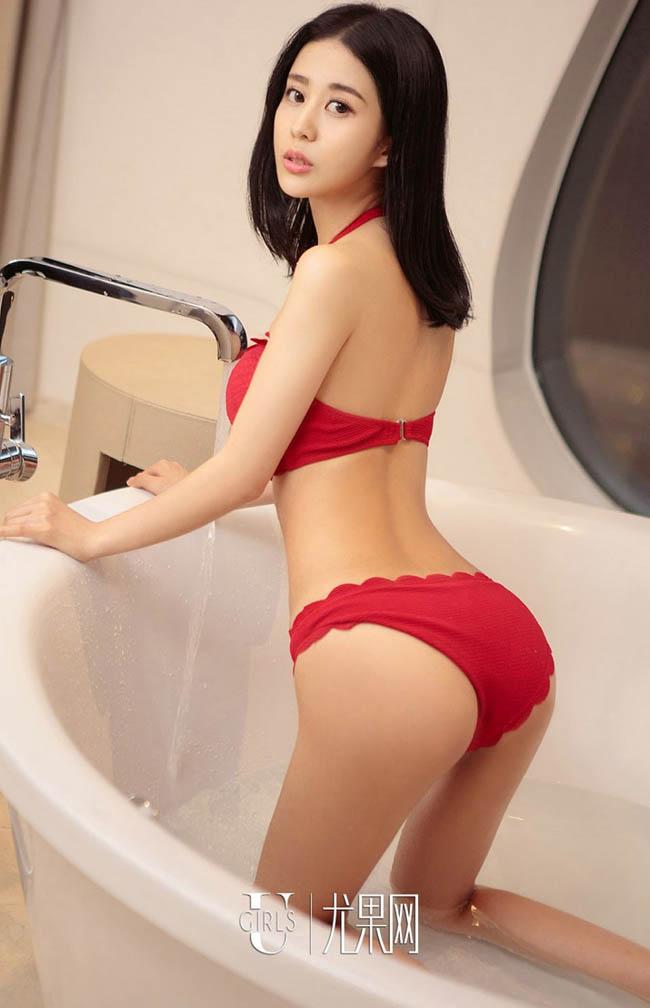 Hết lả lơi trong phòng ngủ, gái châu Á lại sexy trong bồn tắm - hình ảnh 7