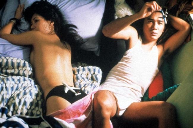 """Những bóng hồng từng """"lên giường"""" với ông hoàng cảnh nóng Lương Triều Vỹ - hình ảnh 1"""
