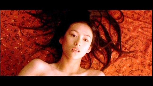 """Những bóng hồng từng """"lên giường"""" với ông hoàng cảnh nóng Lương Triều Vỹ - hình ảnh 18"""