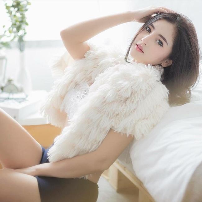 """Chẳng ngực """"khủng"""", cô gái Thái vẫn khiến bao anh xin chết vì đẹp như tiên - hình ảnh 13"""