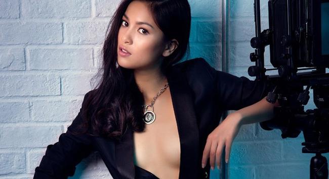 Bạn gái Johnny Trí Nguyễn: Từ vai trùm ma túy đến nữ hoàng cảnh nóng - hình ảnh 1
