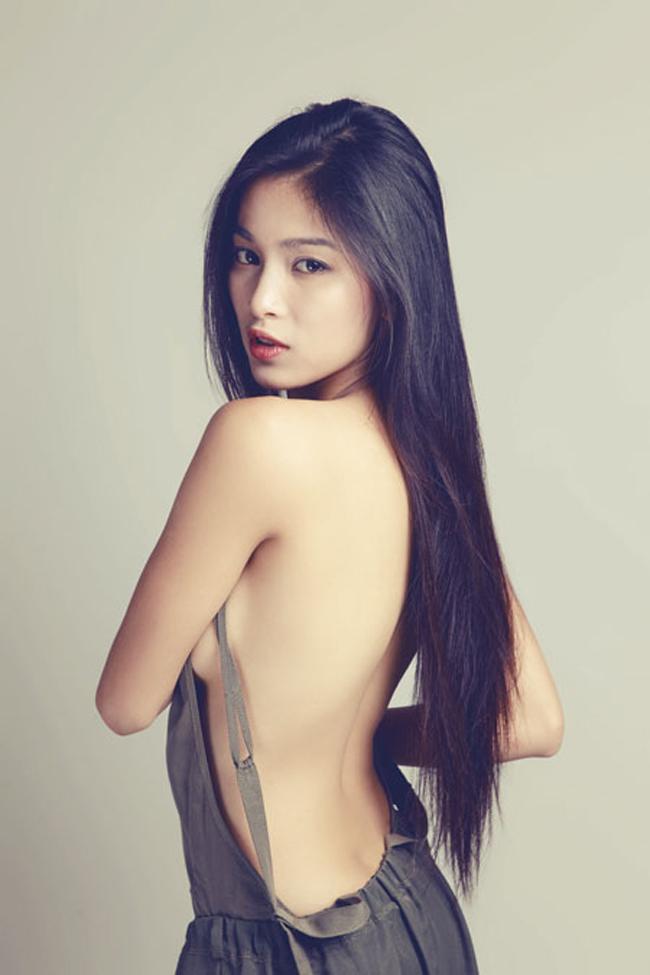 Bạn gái Johnny Trí Nguyễn: Từ vai trùm ma túy đến nữ hoàng cảnh nóng - hình ảnh 8