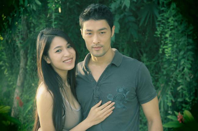 Bạn gái Johnny Trí Nguyễn: Từ vai trùm ma túy đến nữ hoàng cảnh nóng - hình ảnh 9