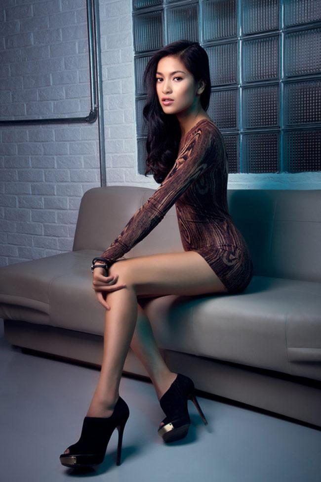 Bạn gái Johnny Trí Nguyễn: Từ vai trùm ma túy đến nữ hoàng cảnh nóng - hình ảnh 21