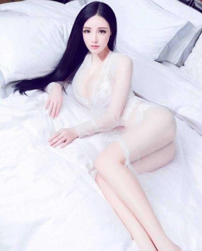 """Toát mồ hôi vì nội y trong suốt """"hư hỏng"""" của dàn mẫu xứ Trung - hình ảnh 16"""