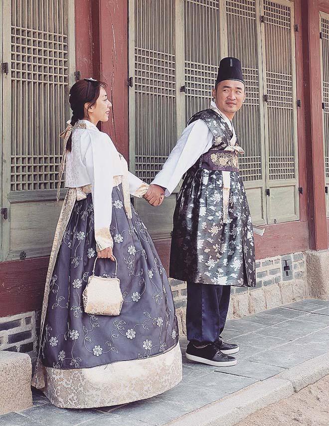 Thu Trang, Tiến Luật sang Hàn Quốc chụp ảnh cưới lần thứ 8 - hình ảnh 1