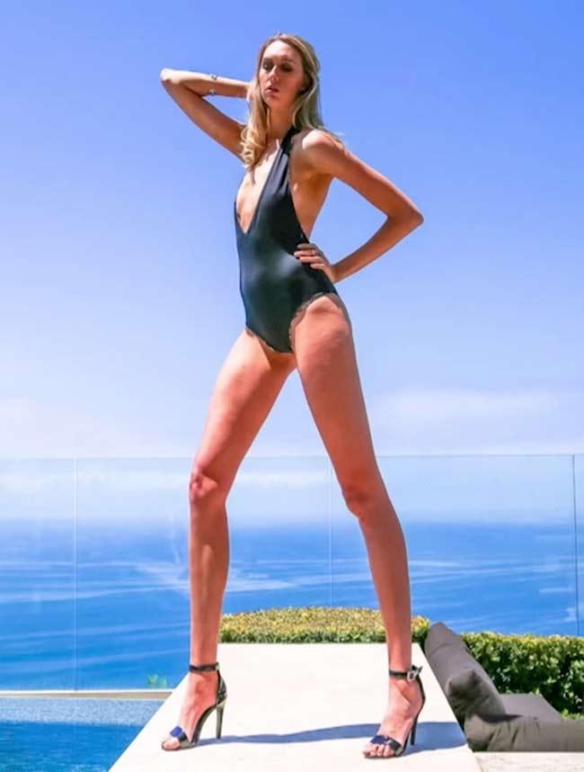 Choáng ngợp vì những cô gái có đôi chân dài nhất nhì thế gian - hình ảnh 7
