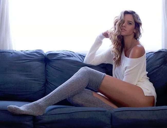 Choáng ngợp vì những cô gái có đôi chân dài nhất nhì thế gian - hình ảnh 10